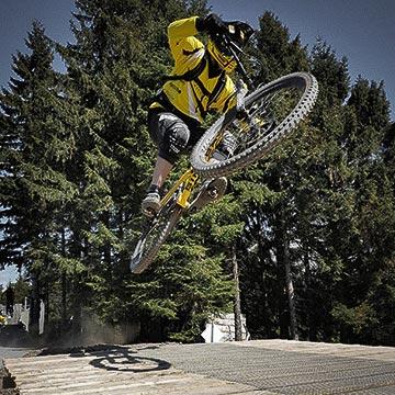 MTB-Table-Jump - Bikepark-MSBXTrail-Sankt-Andreasberg-Harz